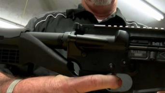 Demandan al gobierno de EEUU por acelerador de disparos