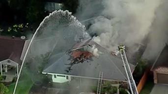 Incendio destruye una casa en Grand Prairie