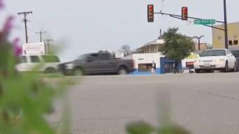 Fort Worth: Agreden sexualmente a mujer en su vehículo