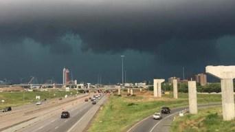 Tornados tocaron tierra en Arlington y Fort Worth