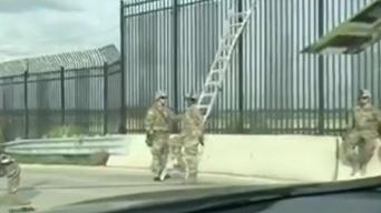 Refuerzan la frontera colocando alambres de púa