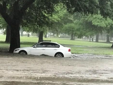 Fotos: Inundaciones, granizo y árboles caídos en el norte de Texas