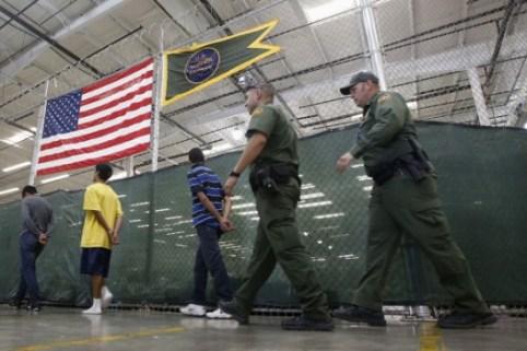 Abordan crisis de niños en la frontera