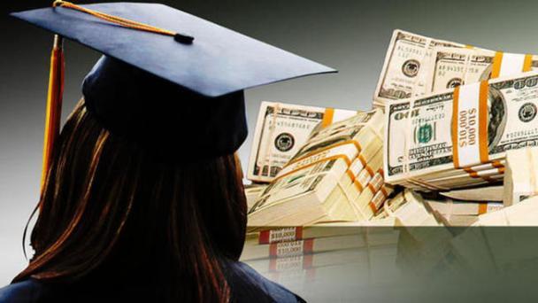 ¿Cómo pagar la universidad?