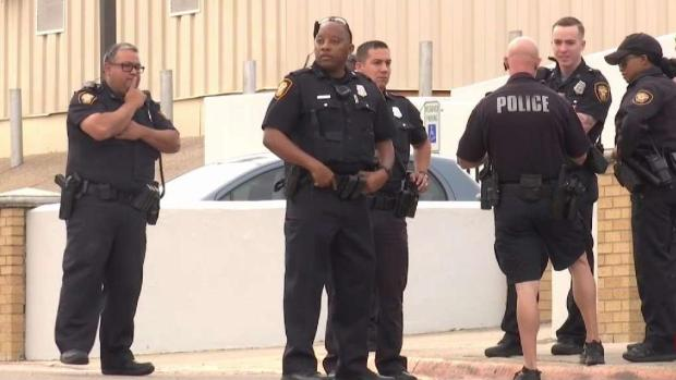 [TLMD - Dallas] Amenaza de tiroteo a escuela de Fort Worth