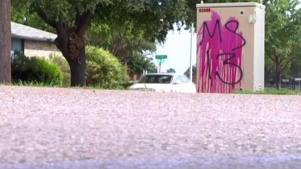 [TLMD - Dallas] Aparece grafiti de la MS-13 en el norte de Texas