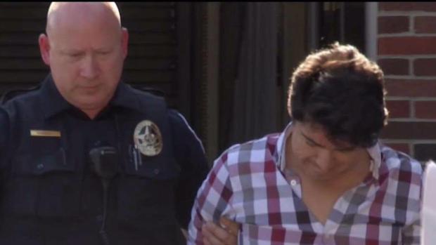 [TLMD - Dallas] Arrestan a sospechoso de grabar a mujeres del Metroplex