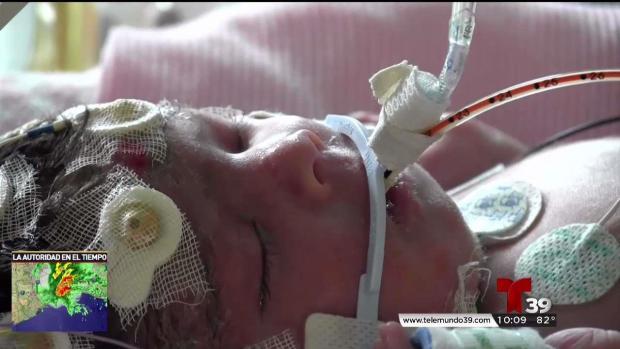 Madre de bebé evacuada desde Corpus Christi narra su travesía