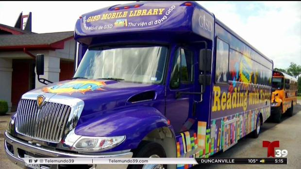 Biblioteca sobre ruedas en todo Garland