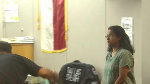 [TLMD - Dallas] Cambian audiencia para madre de Sherin Mathews