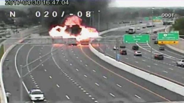 Conductor en sentido contrario desata infierno en autopista