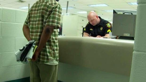 [TLMD - Dallas] Duras palabras del alguacil del condado Tarrant contra indocumentados