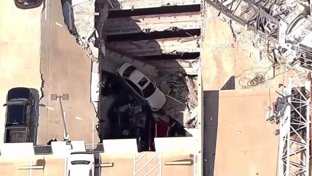 [TLMD - Dallas] Empiezan a sacar autos tras colapso de grúa
