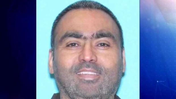 [TLMD - Dallas] Encuentran a hombre muerto y su hijos quemados en vehículo