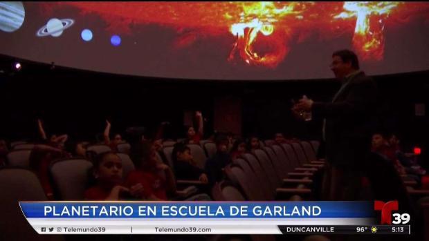 [TLMD - Dallas] Escuela de Garland reestrena planetario