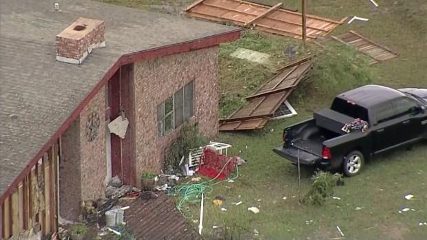 Paso de probables tornados en Hillsboro, Texas