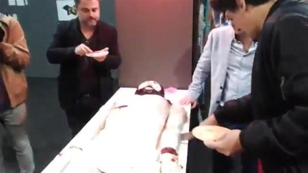 [TLMD - AZ] Iglesia califica de agravio pastel del cuerpo de Jesús