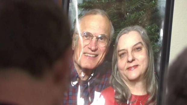 Luto tras muerte trágica de ancianos en Fort Worth