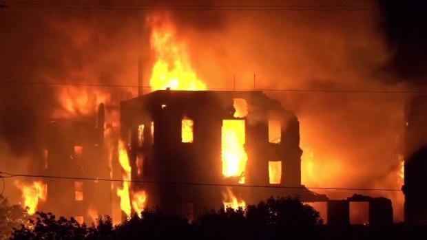 [TLMD - Dallas] Incendio destruye histórico hotel en Dallas