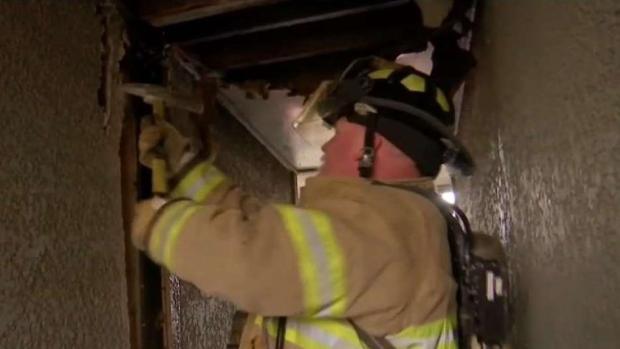 [TLMD - Dallas] Incendio en Fort Worth deja a varias familias sin hogar