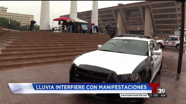 [TLMD - Dallas] Inician protestas contra la convención de la NRA