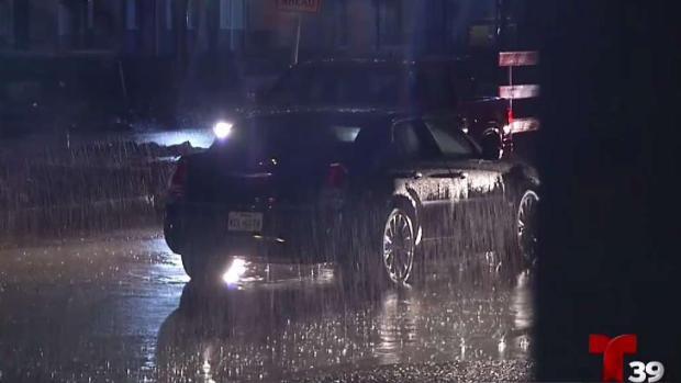 [TLMD - Dallas] Lluvias causan caos en vías del Metroplex