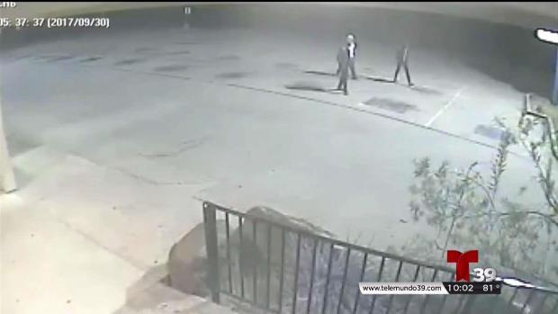 Revelan video de hombres que violaron a mujer tras usar ATM