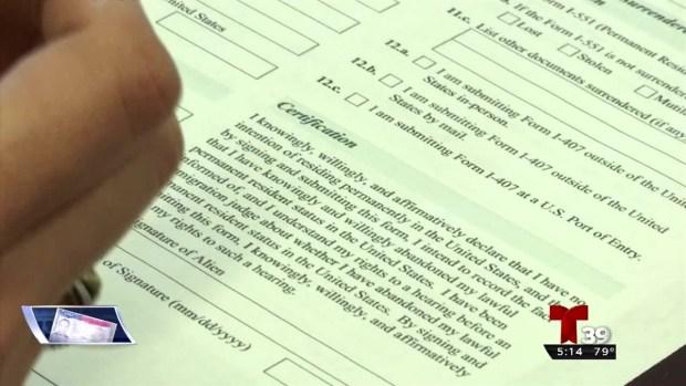 Abogados: Nadie puede obligarlo a firmar la I-407
