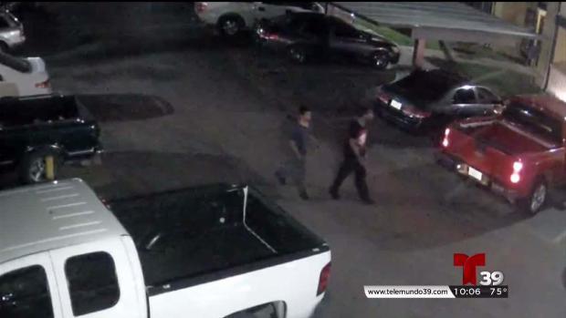 Sospechosos de asesinato en Dallas captados en video
