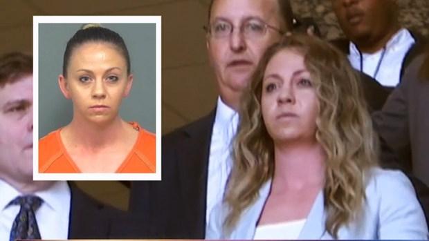 [TLMD - Dallas] Expolicía de Dallas acusada de homicidio se presenta a corte