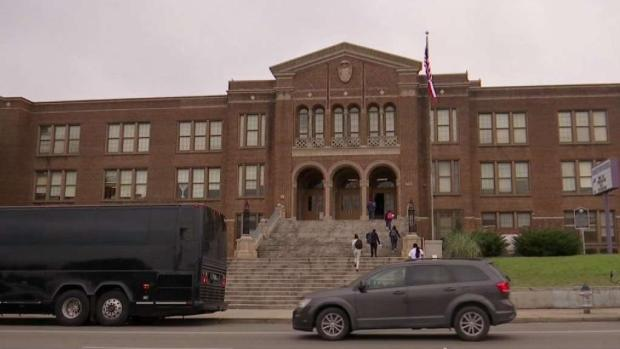 [TLMD - Dallas] Preocupación y miedo en escuelas de Oak Cliff