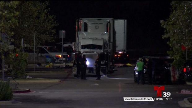 Vigilia por migrantes muertos dentro de un camión