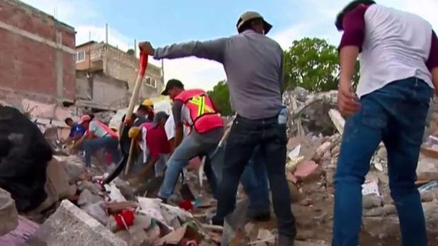 Siguen tareas de rescate en Jojutla, Morelos