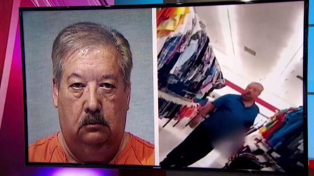 [TLMD - Dallas] Sospechoso de exponer genitales termina en la cárcel