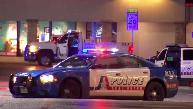 [TLMD - Dallas] Tiroteo en Arlington deja un muerto y un policía herido