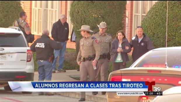 [TLMD - Dallas] Tras tiroteo regresan a clases en Italy, Texas