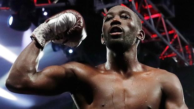 La aplanadora del boxeo deslumbra con sus puñetazos