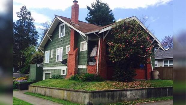 """A la venta casa por precio """"regalado"""", pero con una condición"""