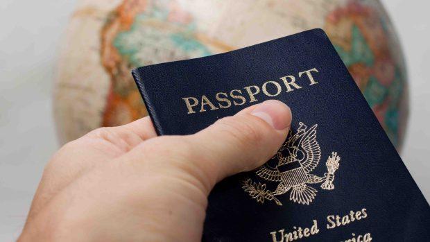 Pasaporte de EEUU: por qué deberías tramitarlo ya y cómo