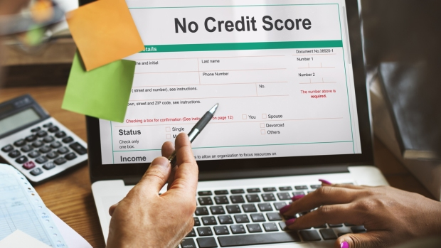 Cómo establecer tu historial crediticio, paso a paso