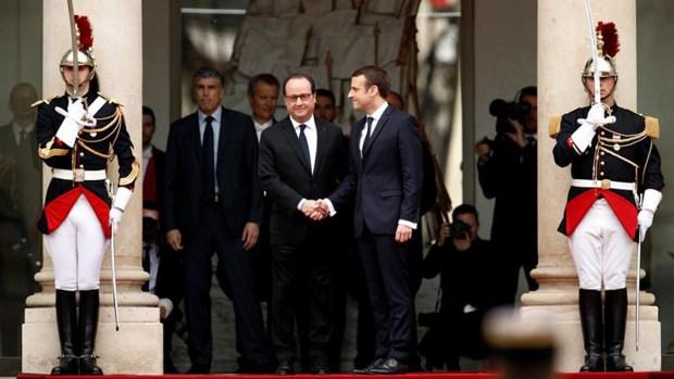 El presidente más joven asume en Francia