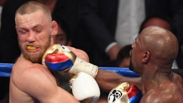 Los puñetazos de Mayweather Jr. que noqueraon a McGregor