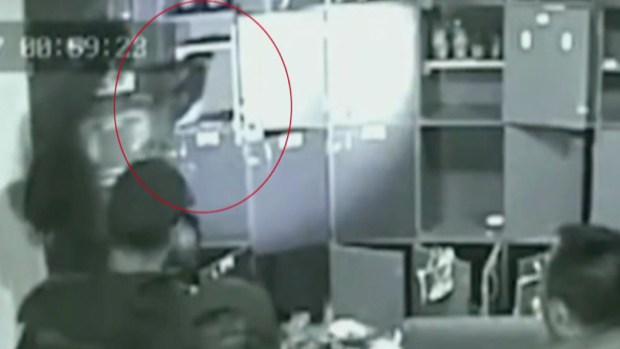 ¿Policías o criminales? Video detona la duda