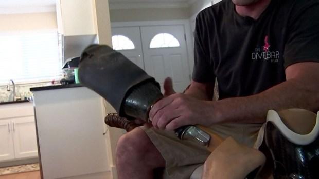 Paracaidista pierde prótesis en un salto