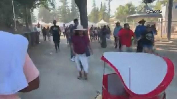 Decenas de personas huyen tras tiroteo en festival