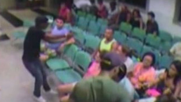 Video: Roban a enfermos en hospital sin piedad