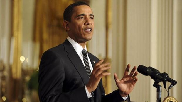 Video: Obama aparta su agenda por el ébola