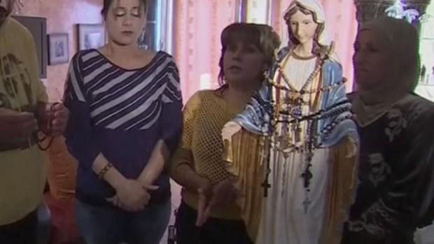 "Video: Miles van a ver a virgen que ""llora aceite"""