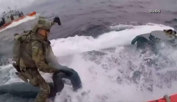 [TLMD - LV] Dramática persecución a alta velocidad termina con captura de submarino