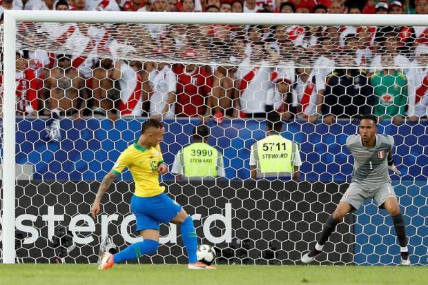 [TLMD National - LV] Golazo de Brasil le da ventaja 1-0 en la final